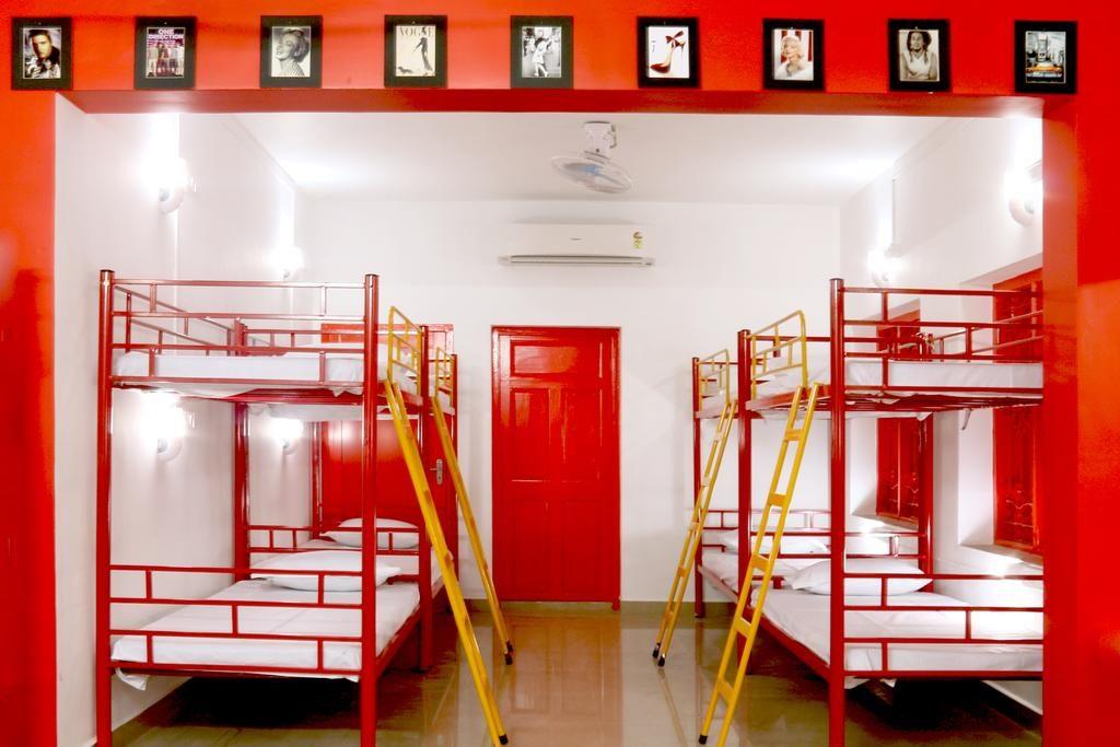 Red Lollipop hostel