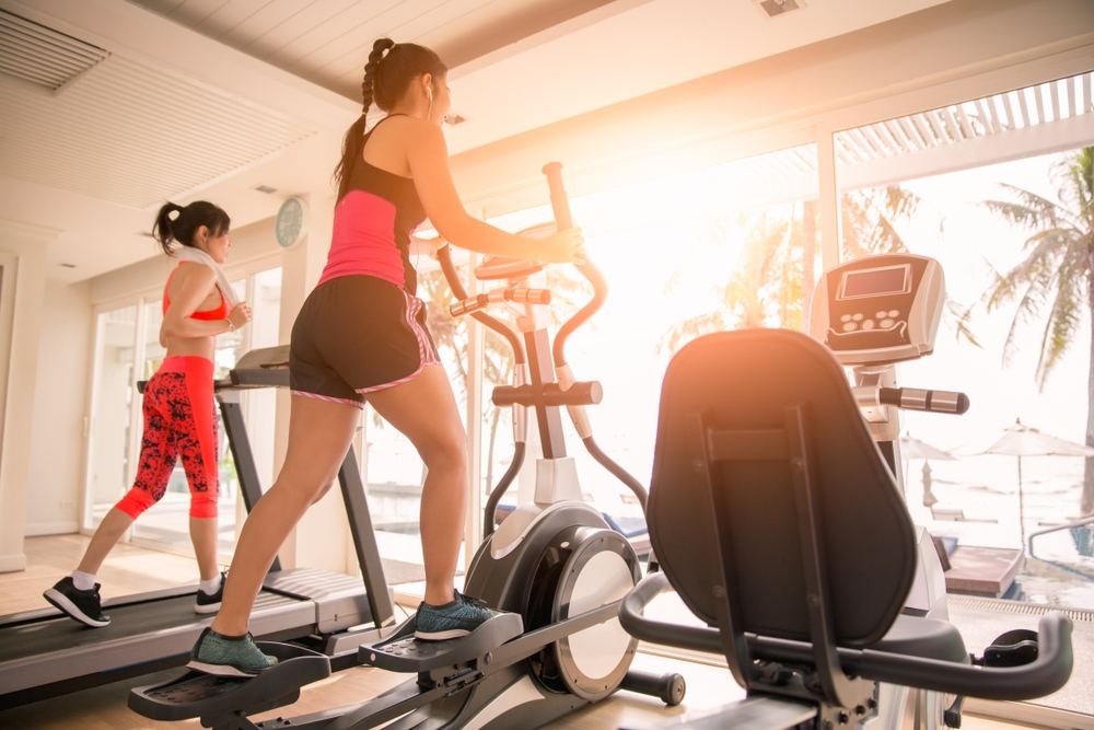 Fitness Hacks: Elliptical And  Treadmill Which one is better?