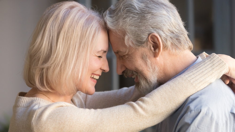 5 Signs of A Deeply Connected Couple in Love