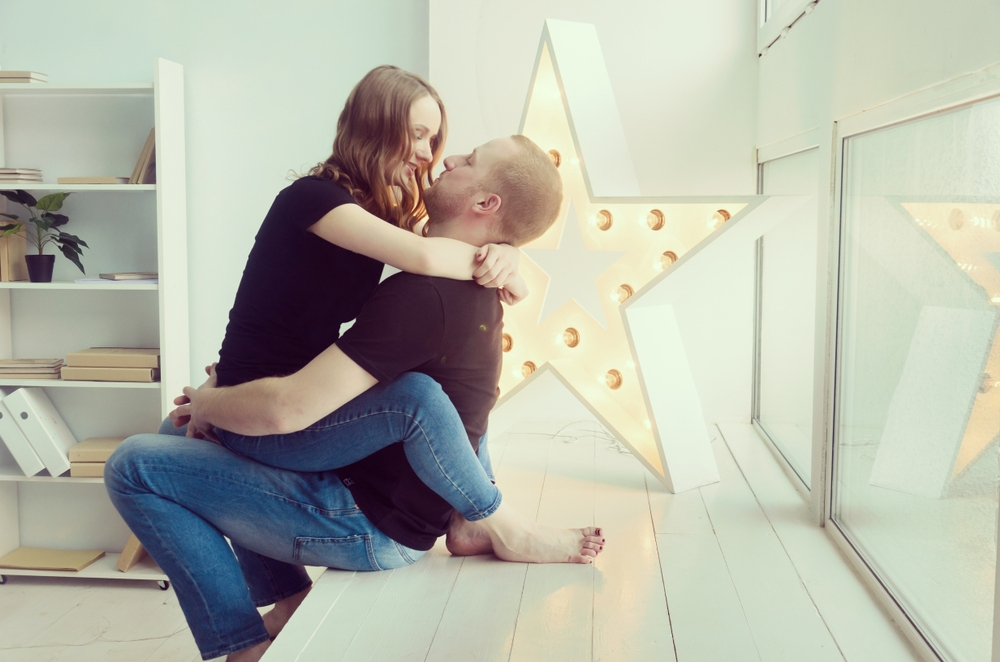 Follow 6 Steps To Create Instant Attraction between two people