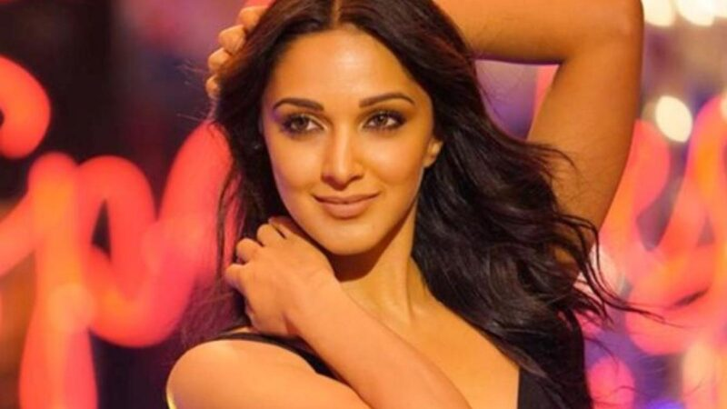 Kiara Advani Will Be Seen Playing The Female Lead In Prabhas Starrer Adipurush