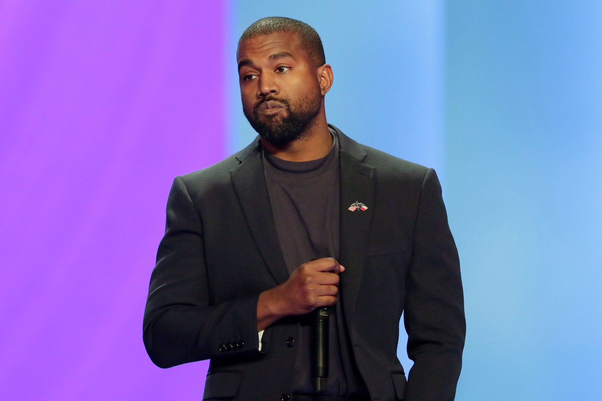Kanyewest Requests his presidential Effort Team to Enlarge from'fornicating' out of Union