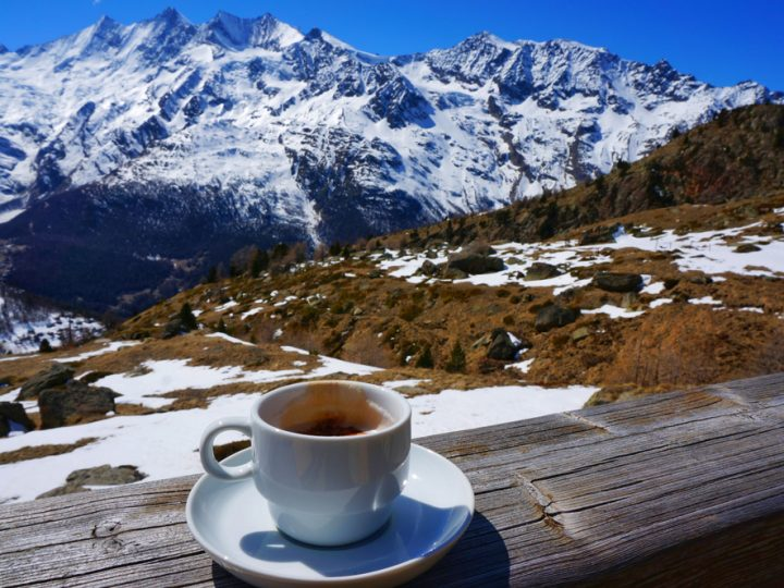 These destinations in India will make you fall in love with winter & snow