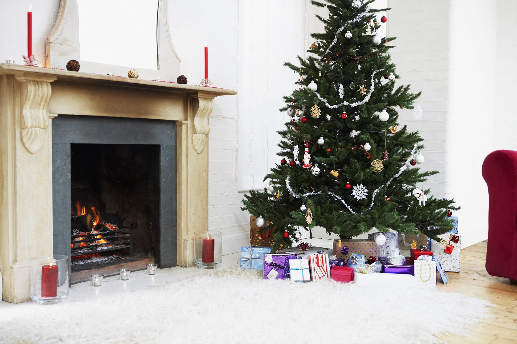 These Easy And Unique Home Décor Ideas And Hacks For Christmas
