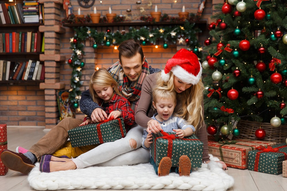 Unique Christmas Gifting Ideas To Make Your Family Members feel special