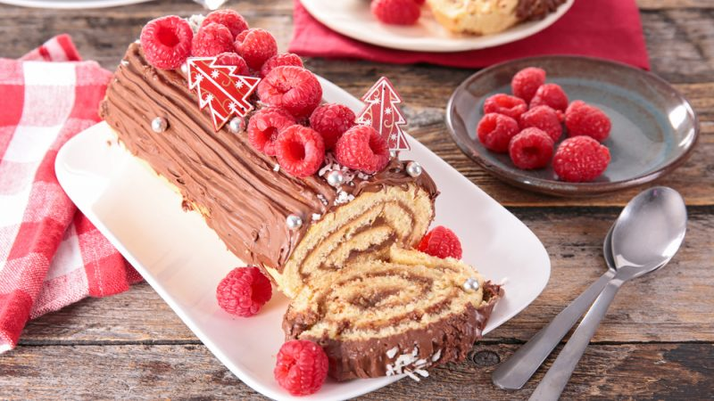 Check Out This Easy Recipe And Make A Delicious Log Cake