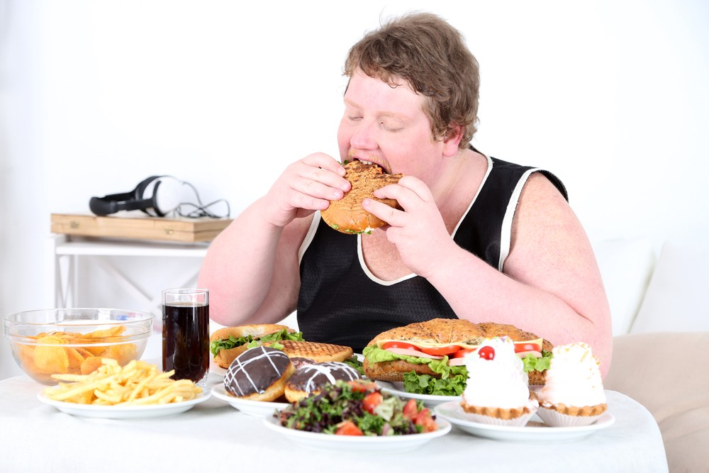 5 Overeating signs that prove you might be eating a little too much