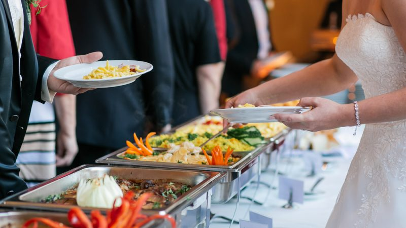 Food items Include In Your Wedding Menu To Impress Guests