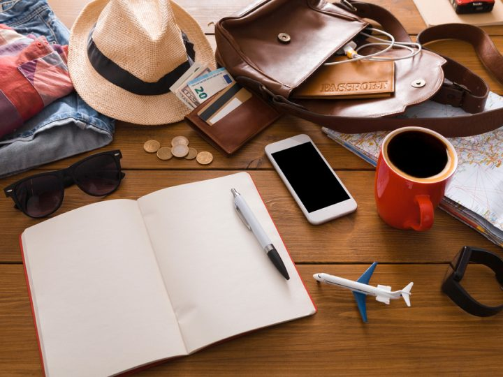 12 Essential things to pack for traveling
