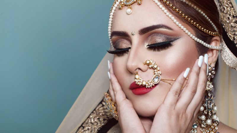 How to do wedding makeup yourself