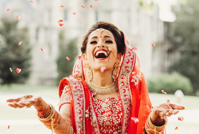 6 Ways To Relax Before Wedding And Stay Happy