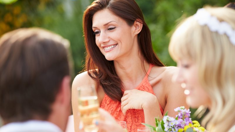 Home remedies for glowing skin before going to a wedding